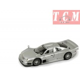 Mercedes Benz CLK GTR STREET VERSION MAISTO 1/26