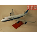 United Airlines Boeing 747-400 1-100 Scale Airplane Model