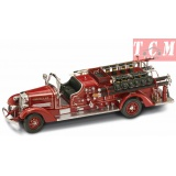 Ahrens-Fox VC Fire Engine, 1938 Red 1-24 Scale Diecast Replica by Yatming