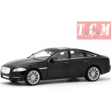 Jaguar XJ Hard Top with Sunroof. 1-24 by Welly